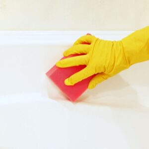 The definitive tricks to restore the shine and whiteness of your bathtub