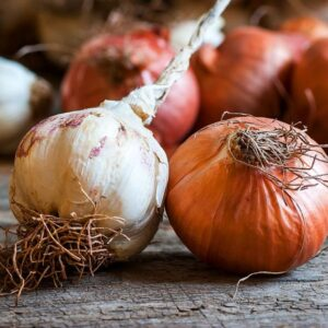 How to remove the smell of garlic and onion from your hands