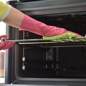 How to remove grease from the oven and microwave