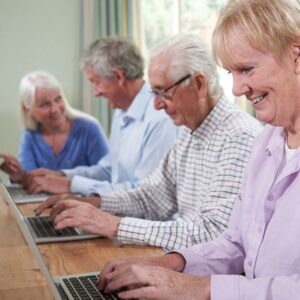 Computer courses for seniors in Madrid