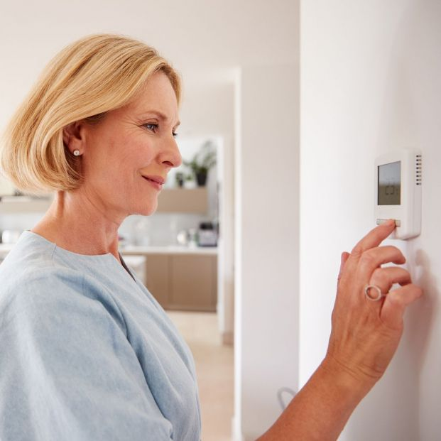 Thermostat, heating