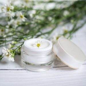 How to make hand cream with natural ingredients