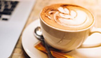 How to make an authentic and delicious cappuccino coffee at home?